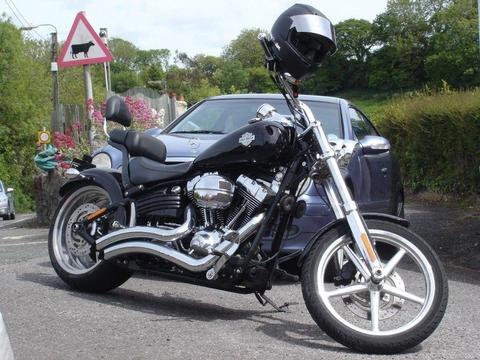 Harley-Davidson FX CWC Rocker C. 2009 1600cc Chopper/Cruiser