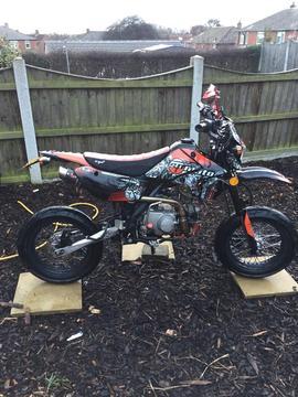 Sp moto road legal pit 66plate