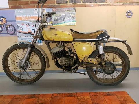 Benelli 175 dirtbike